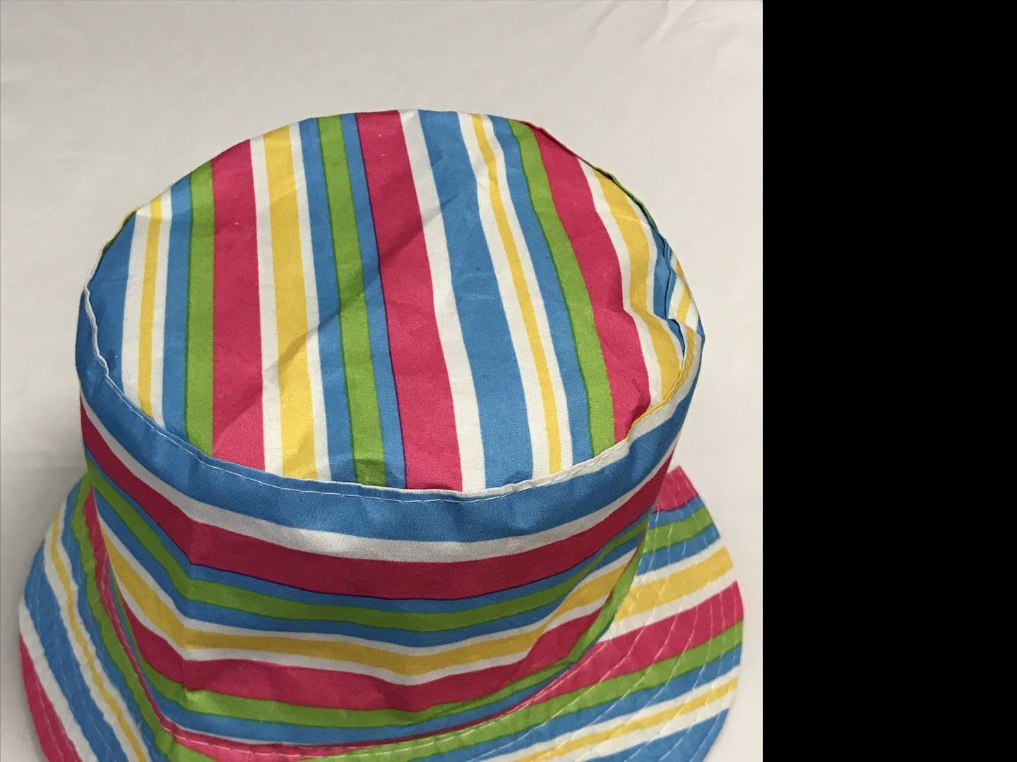 BRIGHTLY STRIPED REVERSIBLE BUCKET HAT AGES 12+