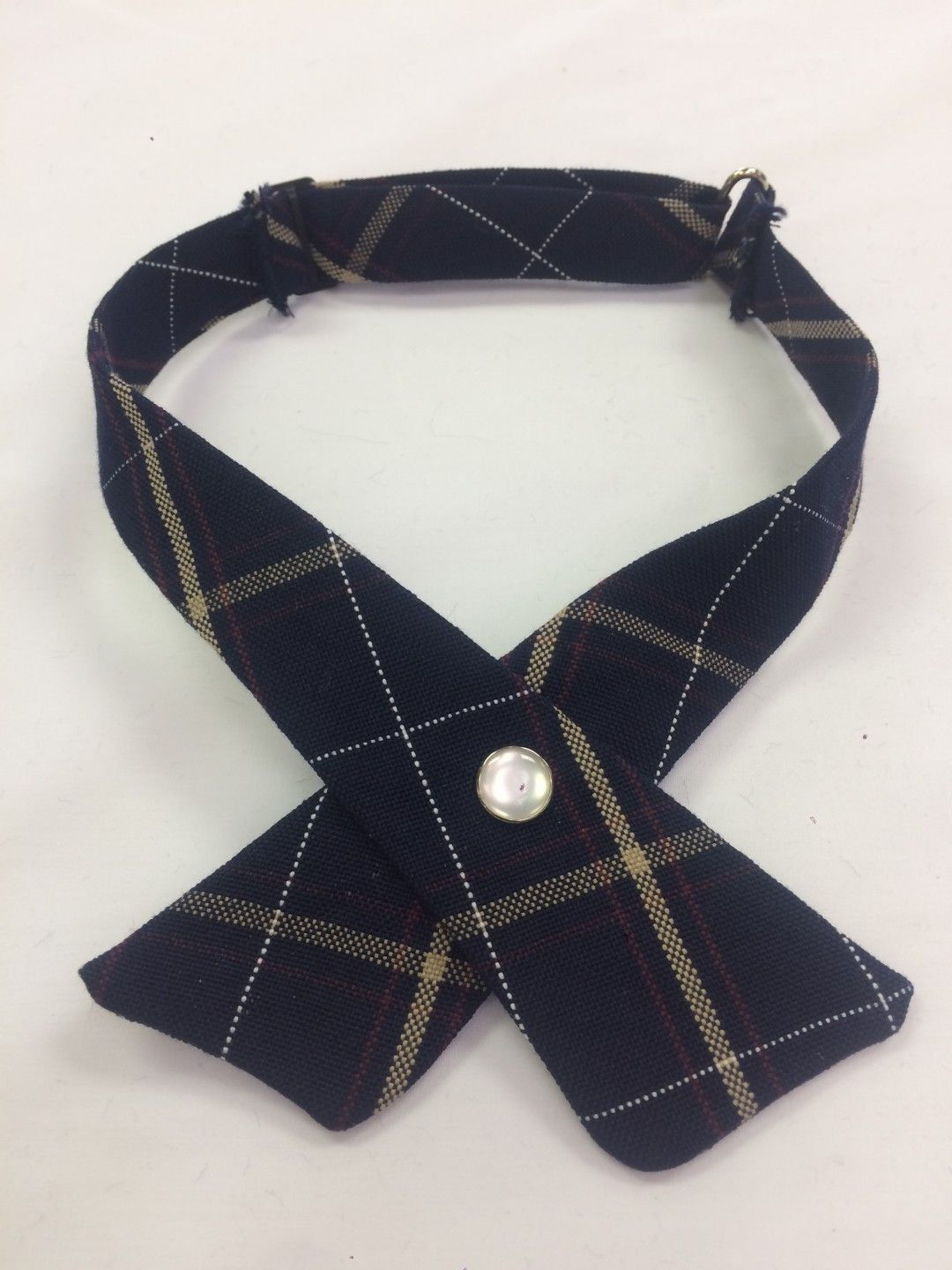 Plaid 6A Cross Tie Items